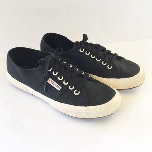 Superga | Black Classics Lace Up Sneaker
